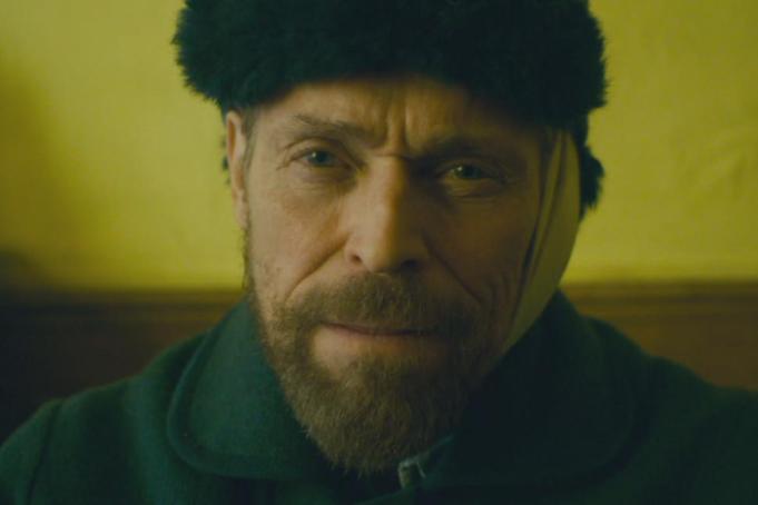 Willem Dafoe è Vincent van Gogh nel film in concorso alla Mostra del Cinema di Venezia. Uscirà a gennaio