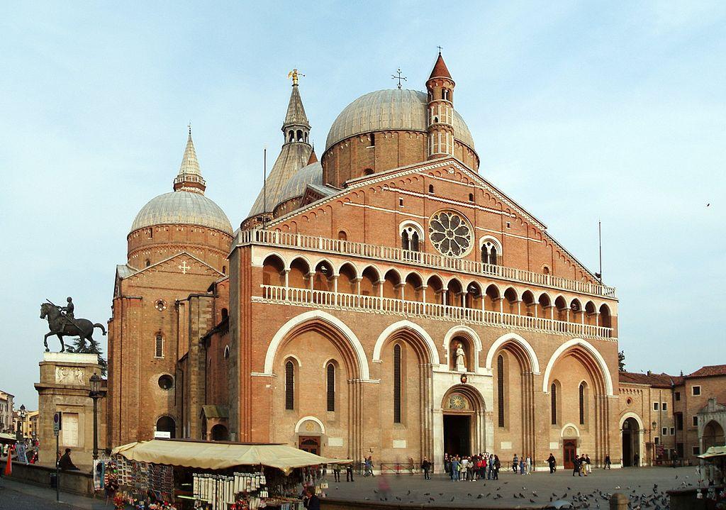 Bella iniziativa a Padova: sei concerti per finanziare il restauro di un trecentesco dipinto della Basilica del Santo