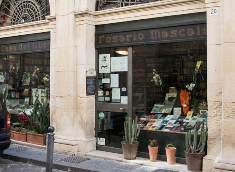 Sicilia: la prima libreria storica tutelata dalla legge è a Siracusa