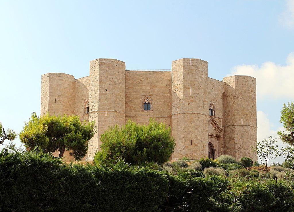 I sindacati chiudono le porte di Castel del Monte e dei musei pugliesi: i lavoratori denunciano la carenza di personale