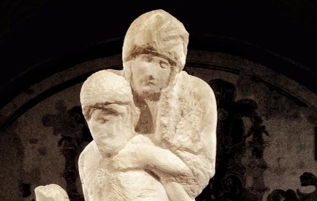 Vesperbild, al Castello Sforzesco di Milano una mostra sul tema alle origini della Pietà di Michelangelo