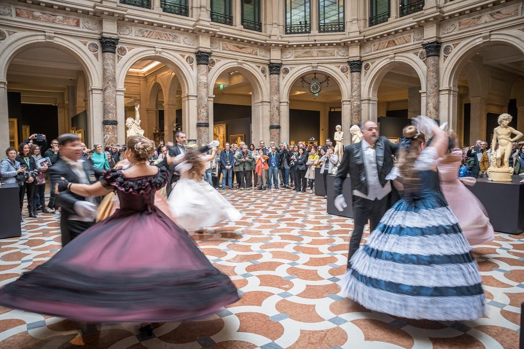 Milano, alle Gallerie d'Italia un flash mob per la mostra sul Romanticismo