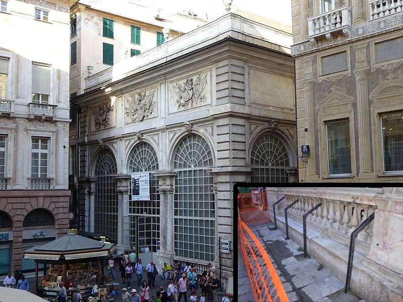 A Genova si interviene sull'estetica di un monumento per evitare che le persone si siedano sui gradini