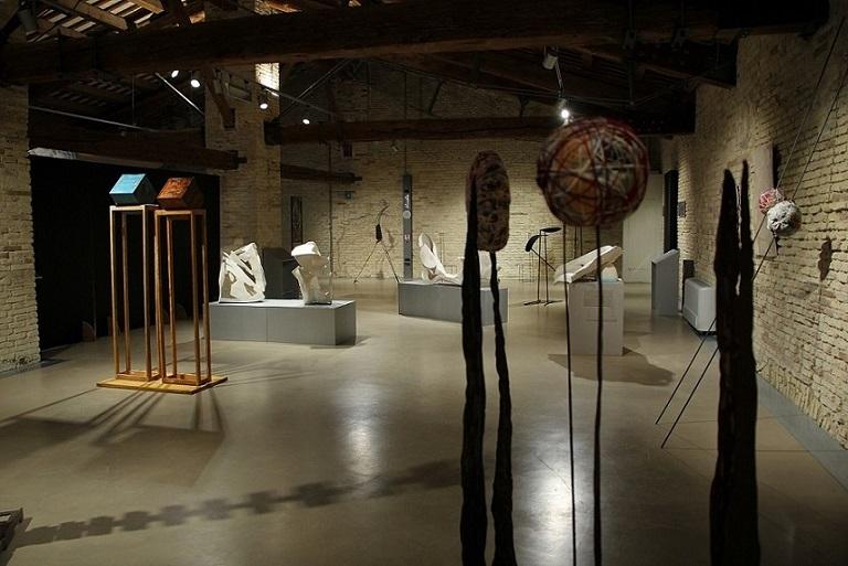 """Al Museo Omero di Ancona cinque scultori contemporanei espongono alla mostra """"Forme sensibili"""""""