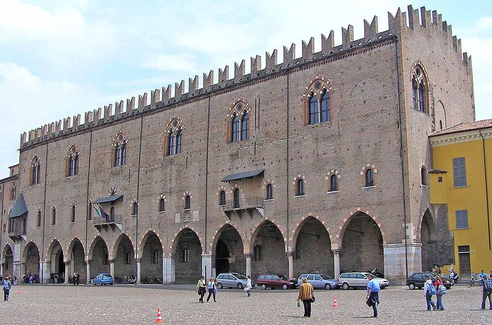 Forte carenza di personale a Palazzo Ducale di Mantova: dal 3 luglio chiuso l'intero piano nobile