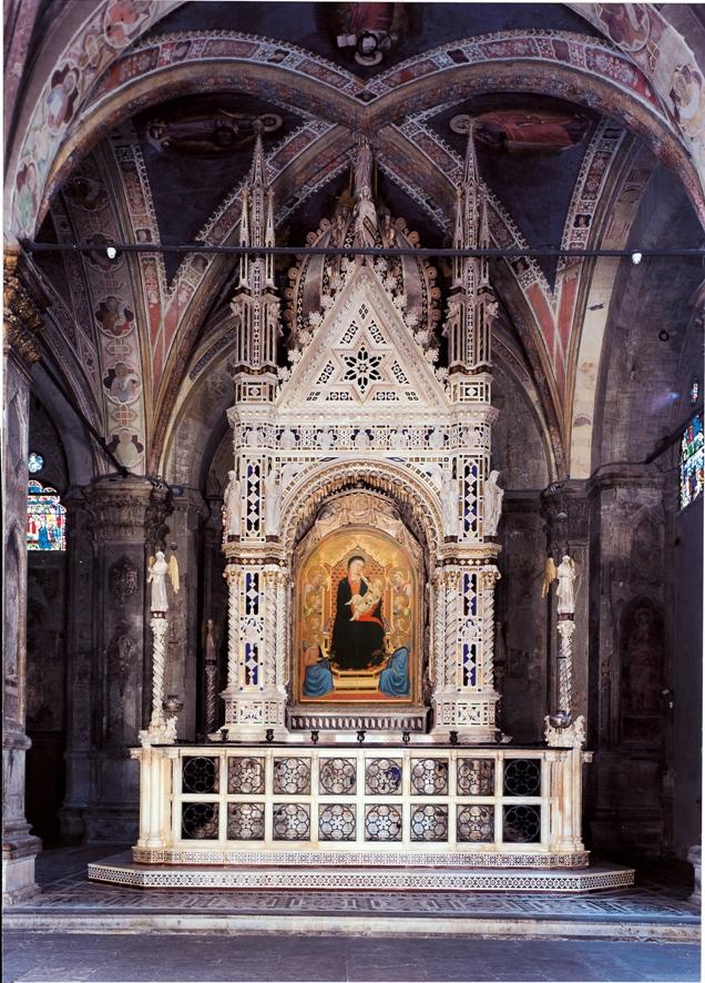 Firenze, il Tabernacolo dell'Orcagna si può finalmente apprezzare in tutta la sua interezza