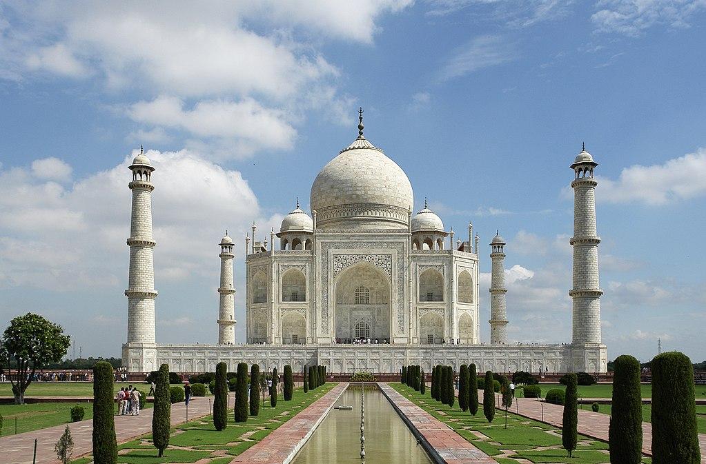 Il Taj Mahal rischia la demolizione