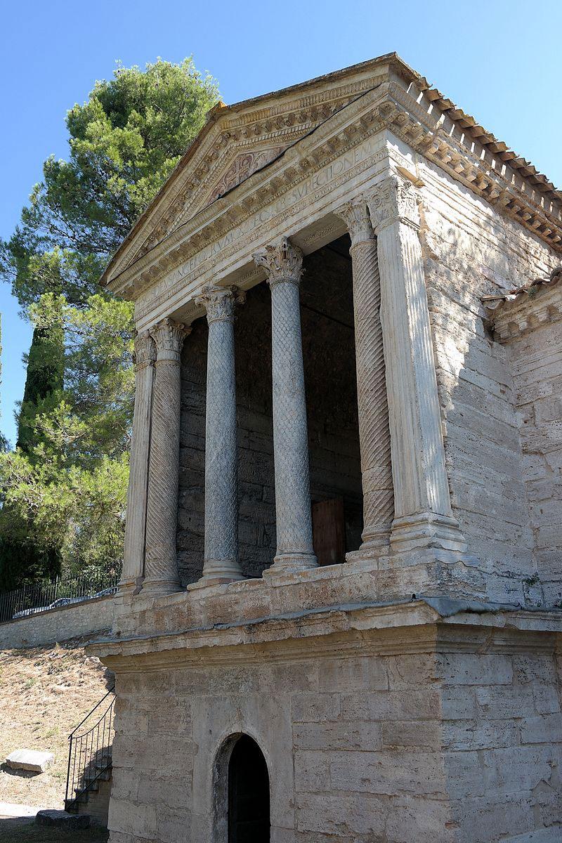 Restaurato il Tempietto sul Clitunno, significativo esempio di monumento altomedievale dell'Umbria