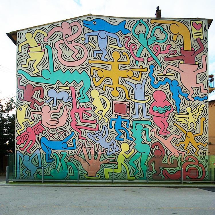 """Pisa, critiche al neo-assessore alla cultura che definisce """"modestissimo e banalissimo"""" Tuttomondo di Keith Haring"""
