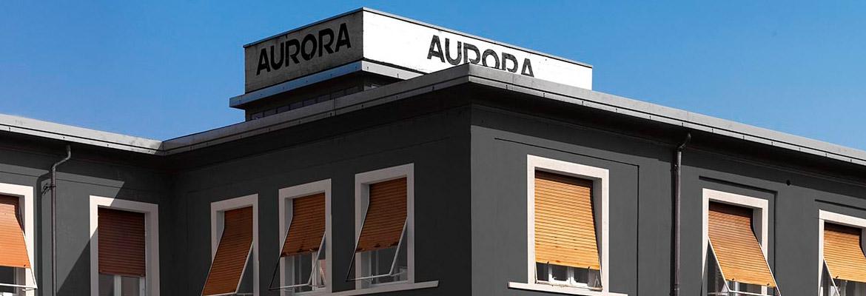 I 100 anni di Aurora, storica manifattura torinese di penne, celebrati con una mostra