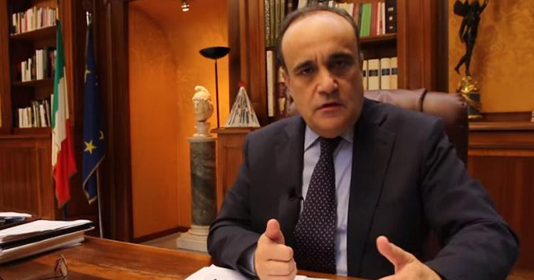 """Il ministro dei beni culturali Bonisoli: """"le assunzioni al ministero sono a rischio per colpa della Lega"""""""