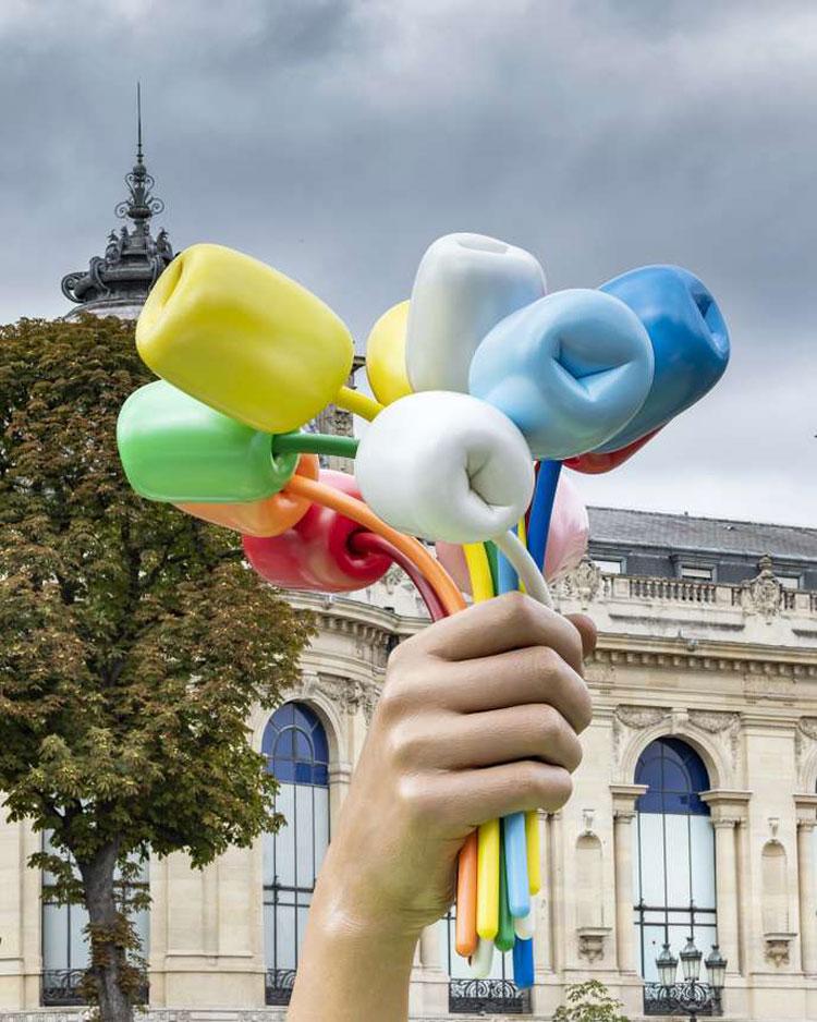 Il bouquet di tulipani di Jeff Koons sarà inaugurato a ottobre nei giardini degli Champs-Elysées