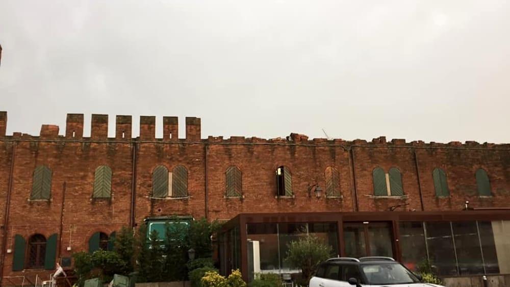 Montagnana, danni alle mura medievali: il maltempo fa crollare le merlature