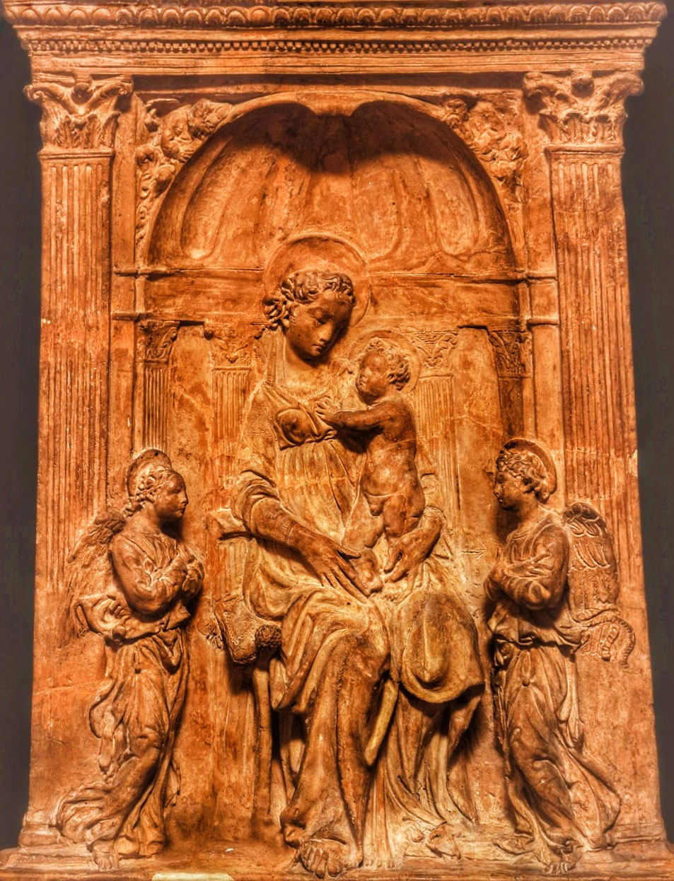 La Madonna col Bambino di Donatello di Palazzo Pretorio in trasferta al Prado