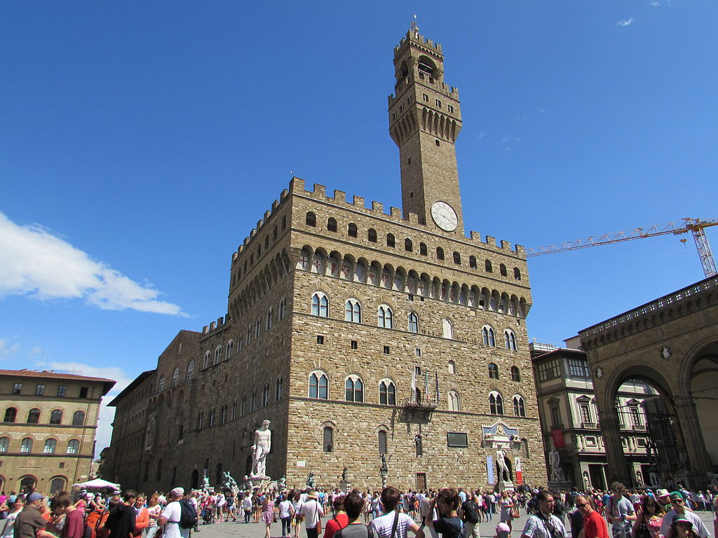 Firenze, musei civici gratis tutti i lunedì per i giovani. Inoltre, bonus di 50 euro da spendere in libri e giornali