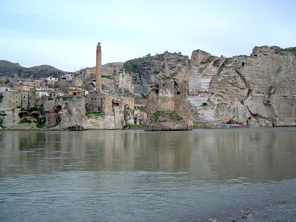 Turchia, l'antica città di Hasankeyf sta per essere sommersa dalle acque per la costruzione di un'enorme diga