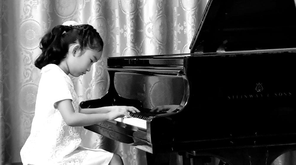 Paestum ospita il primo concerto open-air della bambina prodigio Himari Sugiura