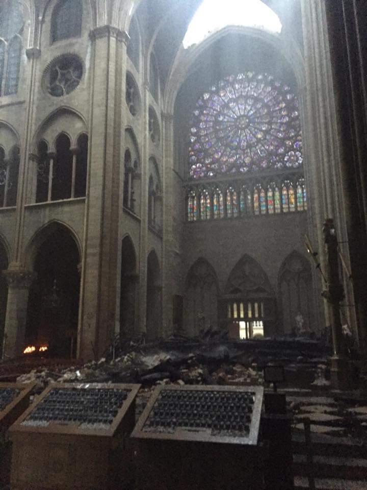 Incendio di Notre-Dame, le opere salvate saranno ricoverate e restaurate al Louvre