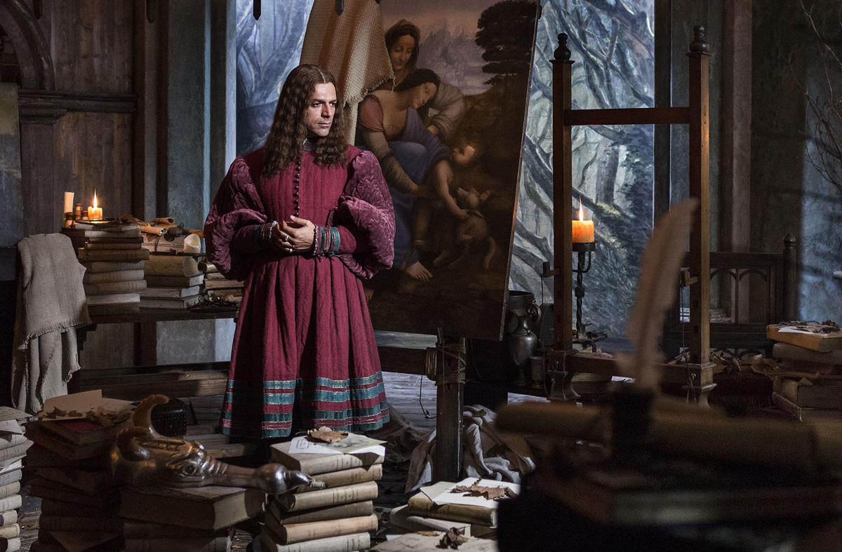 Luca Argentero interpreta Leonardo da Vinci in un film in uscita a settembre. Le foto in anteprima