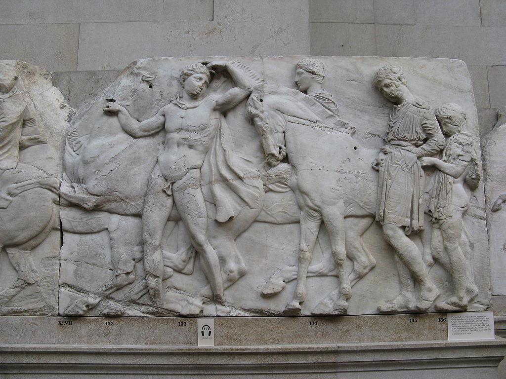 """Marmi del Partenone, il comitato pro restituzione: """"il British Museum fa Photoshop alla storia"""""""