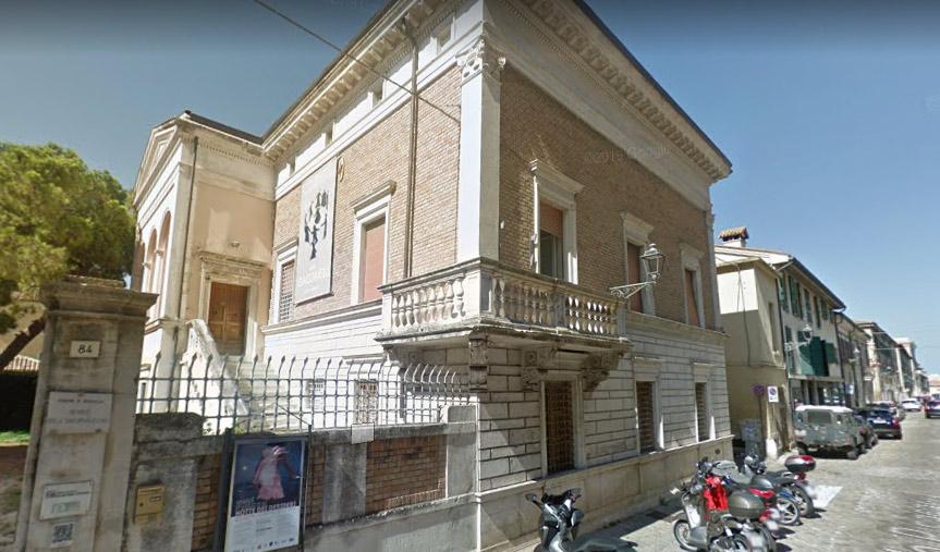 """Senigallia, bando per direttore di museo che lavora gratis, il sindaco: """"altri nostri direttori lavorano gratis, polemica sterile"""""""