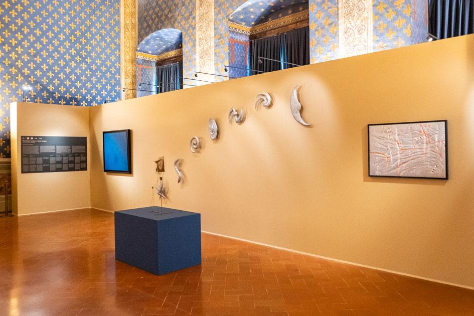 Palazzo Vecchio omaggia la luna con opere di Fontana, Melotti, Mattiacci e Turcato