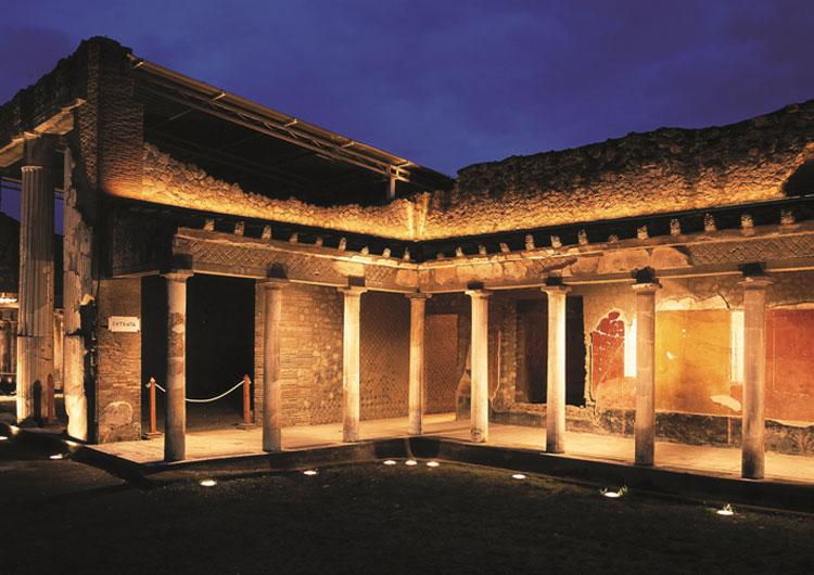 Tornano le passeggiate notturne nei siti archeologici vesuviani