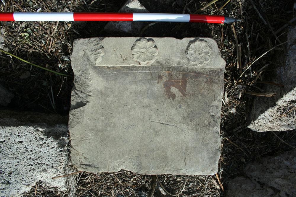 Paestum: rinvenuto un monumento dorico