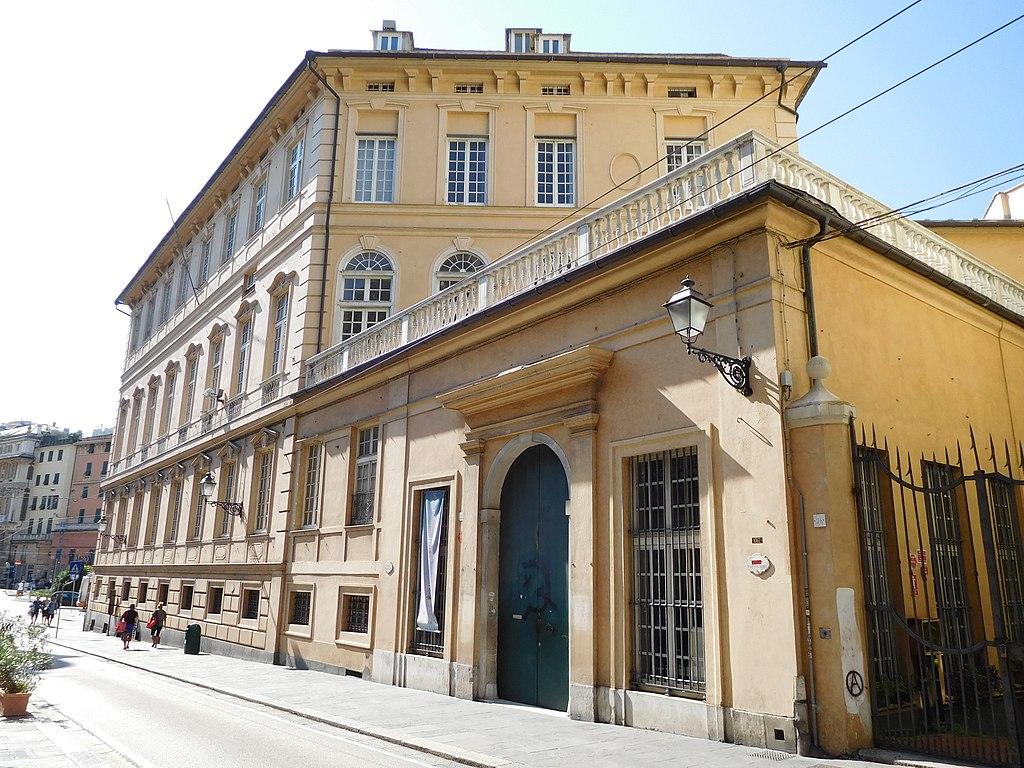 La Biblioteca di Scienze Umanistiche di Genova oggi regala i suoi libri doppi