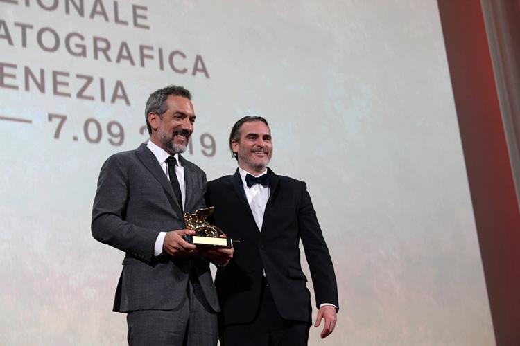Mostra del Cinema di Venezia, Leone d'Oro a Joker, trionfa l'Italia nella Coppa Volpi