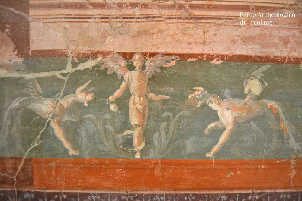 Parco Archeologico Ercolano: restauro accessibile al pubblico per la pittura murale proveniente dalla Villa dei Papiri