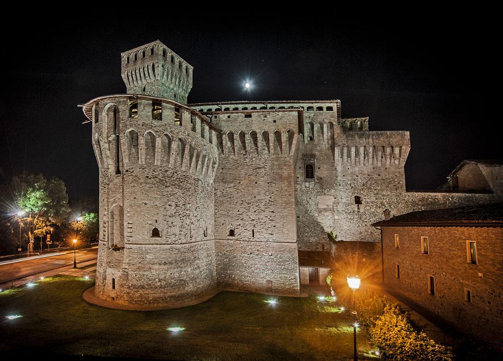 L'arte contemporanea per la prima volta alla Rocca di Vignola