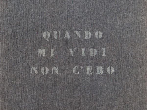 A Milano una mostra ricorda il sodalizio tra Vincenzo Agnetti, Enrico Castellani e Piero Manzoni