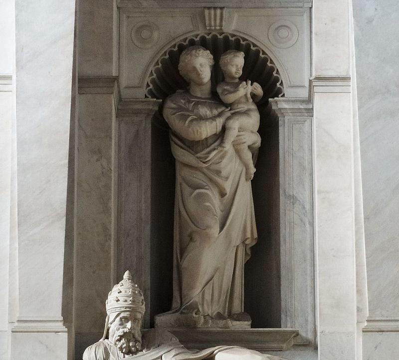 Raffaello da Montelupo, Madonna col Bambino (1537-1545; marmo; Roma, San Pietro in Vincoli). Ph. Credit Luciano Tronati