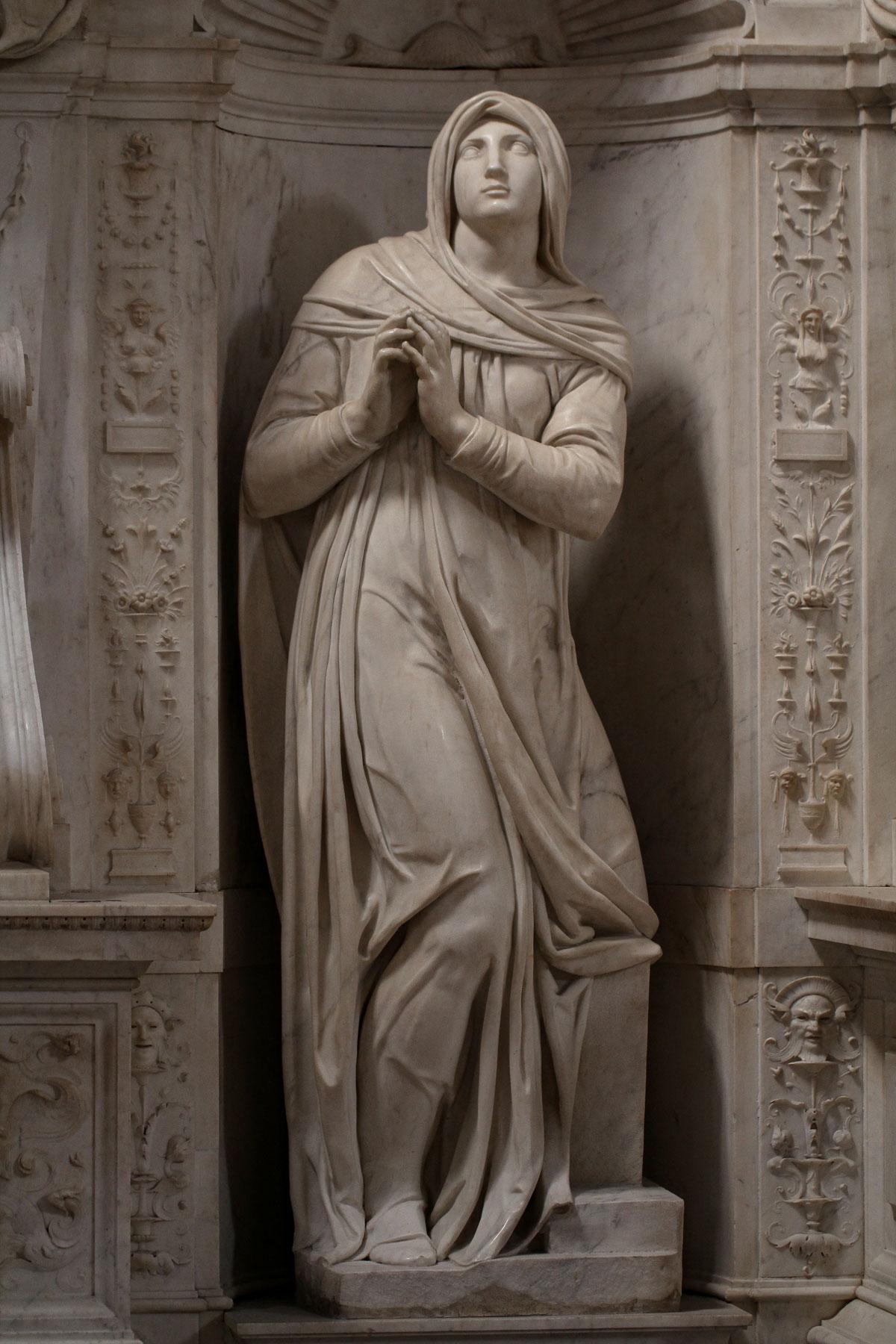 Michelangelo Buonarroti, Rachele (1542 circa; marmo, altezza 209 cm; Roma, San Pietro in Vincoli). Ph. Credit Jörg Bittner Unna