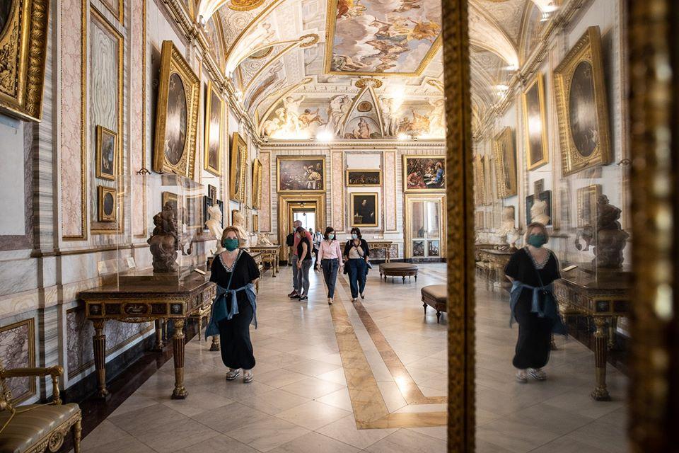 Covid, i musei sono i luoghi più sicuri, scuole e uffici i più pericolosi. Lo studio tedesco