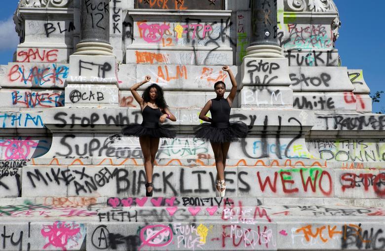 La personalità artistica più influente del 2020? Per Art Review, è Black Lives Matter
