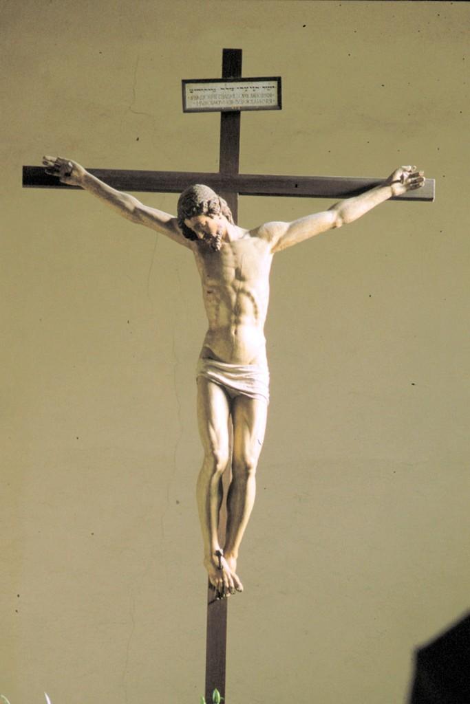 Michelangelo?, Crocifisso (fine XV-XVI secolo; legno; Massa, Oratorio di San Rocco). Ph. Credit Gianluca Matelli