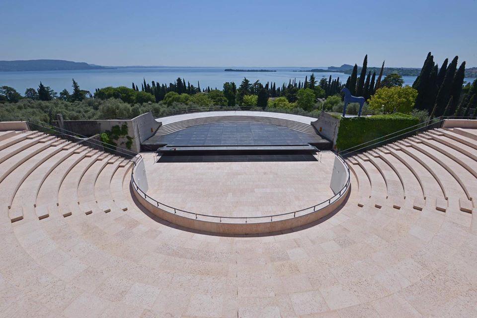 Finalmente completato l'Anfiteatro di Gabriele D'Annunzio al Vittoriale: dopo 90 anni prende vita il sogno del poeta