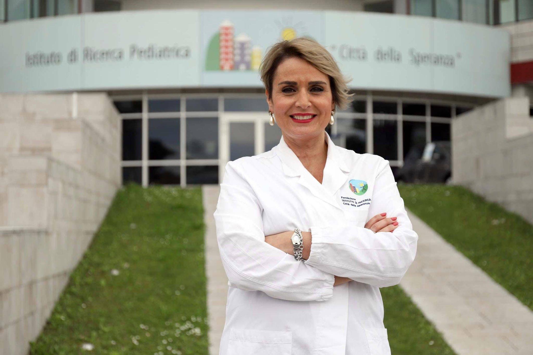 """L'immunologa Antonella Viola contro le chiusure: """"decisione irrazionale, cieca, assurda"""""""