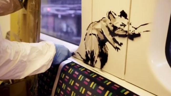 Banksy, addetti alle pulizie cancellano la sua opera nella metropolitana di Londra