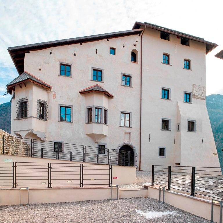 L'estate nei castelli di Trento sarà ... una pandemia d'arte