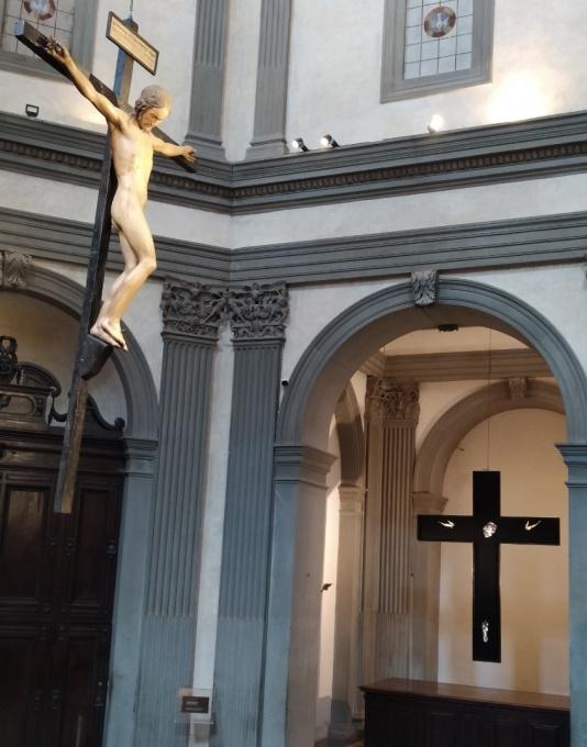 Il Crocifisso di Michelangelo Buonarroti messo a confronto con quello di Lorenzo Puglisi