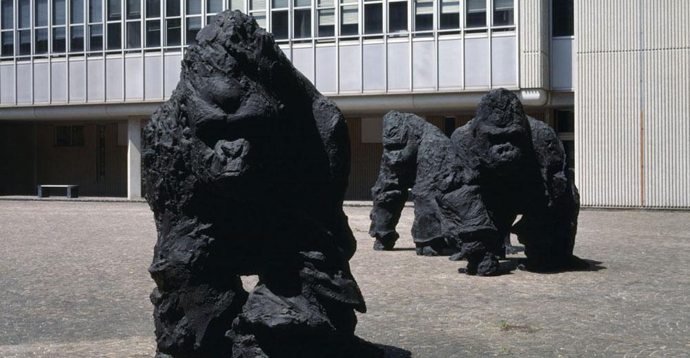 """Ravenna, polemiche sui gorilla di Rivalta. """"Spaventano i bambini"""""""