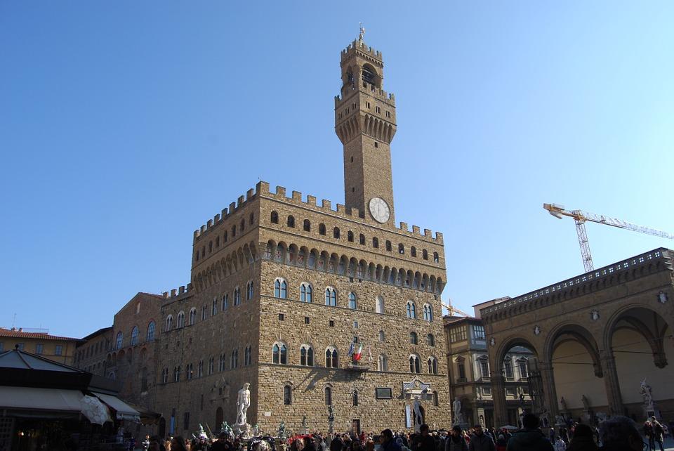 """Riaprono parzialmente i musei di Firenze. Il sindaco: """"chiusura per motivi economici ha mosso il governo"""""""