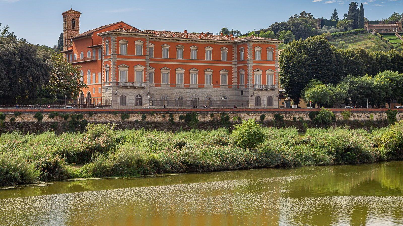 Firenze, Palazzo Serristori diventerà residence extralusso. La sinistra attacca