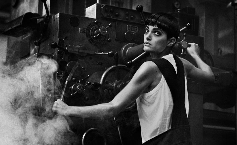 Milano, le fotografie di Peter Lindbergh alla nuova mostra di Armani/Silos, curata personalmente da Giorgio Armani