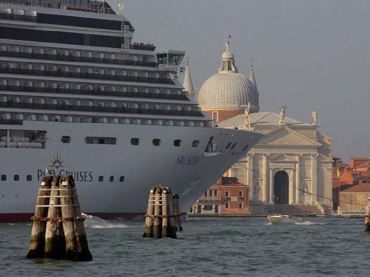 Il film di Gianni Berengo Gardin su Venezia in streaming gratuito solo per oggi