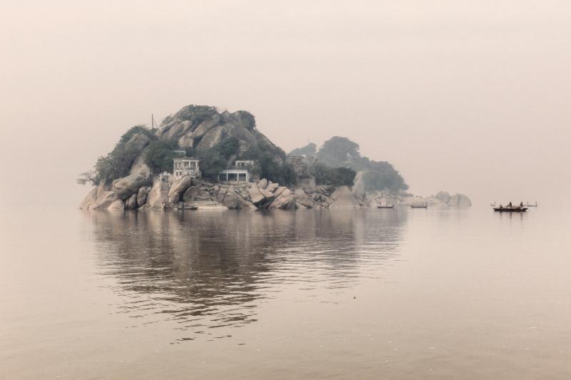Milano, la devastazione del Gange nelle fotografie di Giulio Di Sturco in mostra alla Fondazione Stelline