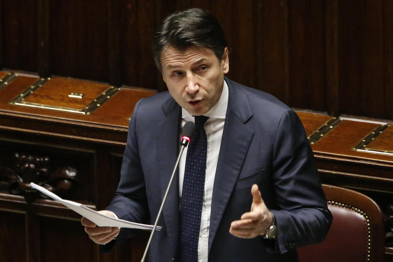 """Conte: """"Nel nuovo dpcm prevediamo di chiudere in tutta Italia mostre e musei"""""""